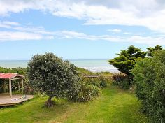 Wellington - Wairarapa/Kapiti Coast/Te Horo Beach holiday home rental accommodation - The Flower and Pebble Te Horo
