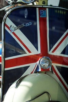'Patriotic Vespa' by sjlphotography Vespa Ape, Piaggio Vespa, Lambretta Scooter, Vespa Scooters, Vespa Girl, Scooter Girl, Motos Vespa, Classic Vespa, Classic Cars