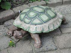 Marco's turtle Turtle, Craft Ideas, Ceramics, Crafts, Animals, Ceramica, Turtles, Pottery, Manualidades