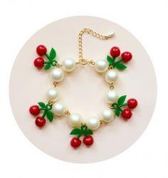 Love♡Letter : 【Handmade】Cherry Pearl Bracelet