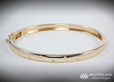 Very elegant diamond bangle. Perfect gift for the one we care about Plain Gold Bangles, Gold Bangles For Women, Gold Bangles Design, Diamond Bracelets, Bangle Bracelets, Modern Jewelry, Fine Jewelry, Egyptian Jewelry, Egyptian Art