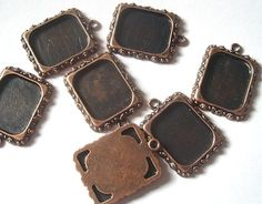 Picture Frame Pendant - add a picture and cover with resin to make a great pendant or charm