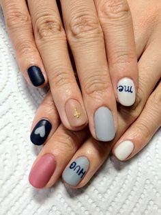 Oh so pretty nail design.