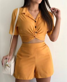 Crop Top Outfits, Skirt Outfits, Chic Outfits, Summer Outfits, Fashion Outfits, Ladies Day Dresses, Fairy Clothes, College Outfits, Blouse Styles