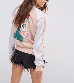 Pink back embroidery bomber jacket. Jacket is hugely popular around the world in the last decade.