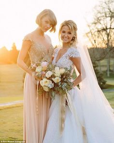 Nice Taylor Swift dresses Truly honoured: Maid Of Honour Taylor Swift gave a shout out to the brideBrita... Check more at http://24shop.ga/fashion/taylor-swift-dresses-truly-honoured-maid-of-honour-taylor-swift-gave-a-shout-out-to-the-bride-brita/
