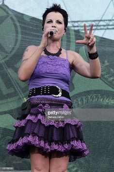 Singer Dolores O'Riordan performs on stage during the first day of the 4 days Heineken Jammin Festival on July 2010 in Mestre, Italy. Get premium, high resolution news photos at Getty Images Dolores O'riordan, The One, Stage, Cranberries, Singers, News, Girls, Women, Fashion