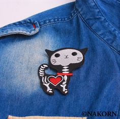 Skeleton Cat Embroidered, Heart X-ray Sew Craft, Animal Iron on Patch Jeans Real Life Math, Cat Tattoo Designs, Patched Jeans, Cartoon Design, Life Tattoos, Iron On Patches, Embellishments, Radiology, Cat Food