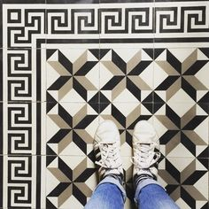 #ihavethisthingwithfloors #pattern #ihavethisthingwithtiles #tileaddiction #tiles #fromwhereistand by guzidea