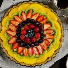Fruit Cake with Pastry Cream Tart Recipes, Baking Recipes, Dessert Recipes, Flan, Pan Dulce, Healthy Deserts, Meal Deal, Sweet Cakes, Summer Desserts