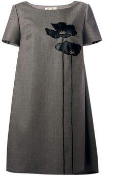 MUZA - Poppies Asymmetric Dress With Leather Appliqué Vestidos Vintage, Vintage Dresses, Kurti Embroidery Design, Plain Dress, Latest African Fashion Dresses, Couture Details, Applique Dress, Muslim Fashion, Asymmetrical Dress