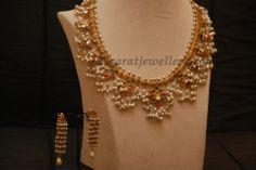 Jewellery Designs: Light Weight Gutta Pusala Necklace