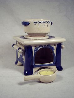 Ceramic Porcelain Stove Top Oven Potpourri by SnapshotsThroughTime