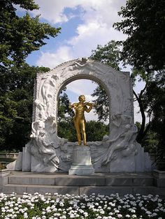 Monument of Johann Strauss II at Stadtpark, Vienna