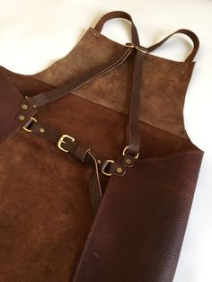 New to Roguesaddler Roguesaddler on Etsy: Leather apron distressed veg tan chef's apron barber apron silversmith apron. (220.00 GBP)