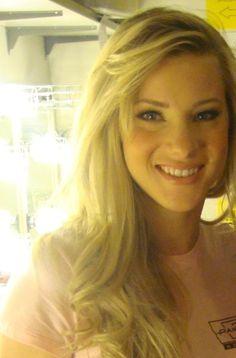 Most gorgeous blonde in the world ... Heather Morris