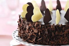 This decadent mocha mousse cake is so delicious! Amazing Chocolate Cake Recipe, Decadent Chocolate Cake, Best Chocolate, Chocolate Recipes, Chocolate Cakes, Delicious Chocolate, Mocha Chocolate, Chocolate Hearts, Sweet Recipes