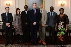 @KensingtonRoyal: The Duke with #TuskAwards winners and finalists, who are all working to protect Africa's natural heritage. 11/24/15