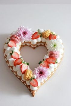 Trend 2019 Cake for Valentine& Day Valentine Desserts, Valentine Cookies, Birthday Cookies, Sugar Cookies Recipe, Yummy Cookies, Fondant Cupcakes, Cupcake Cakes, Saint Valentine, Valentines Day