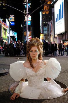 Enchanted (2007) Amy Adams as Giselle in her Wedding Gown: Hello New York!