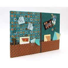 Make this memo board to help organize your life