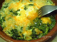 las recetillas de romo: HUEVOS A LA FLORENTINA Bechamel, Palak Paneer, Mashed Potatoes, Ethnic Recipes, Food, Spinach, Dishes, Meals, Tasty