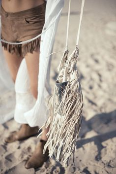 beach_longvictorian Spell and the gypsy collective fringe bag Look Hippie Chic, Look Boho, Hippie Style, Bohemian Style, Boho Chic, My Style, Ibiza Style, Bohemian Beach, Gypsy Style
