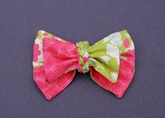 Hair bow, bow tie or simply just a bow : can be found here https://www.etsy.com/listing/253095976/knots-n-bows-pdf-pattern-hair-bow-bow?ref=ss_listing