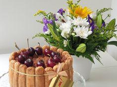 Tort Tiramisu de ciocolata Food Pictures, Vanilla Cake, Cooking, Ethnic Recipes, Desserts, Kitchen, Tailgate Desserts, Deserts, Postres