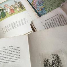 紙ものは魔物  ちょっと気を許すと次から次と寄ってくる  #papier #紙もの #ケイトグリーンナゥェイ #地図 #Kategreenaway #livre #古書 #絵本 #france #Gallery壹 #GalleryIchi #francais