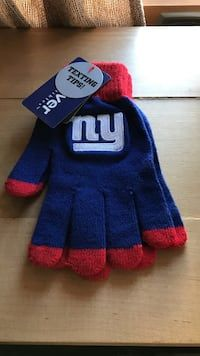 8726f34ce Used Blue and red new york giants gloves for sale in Cranford - letgo