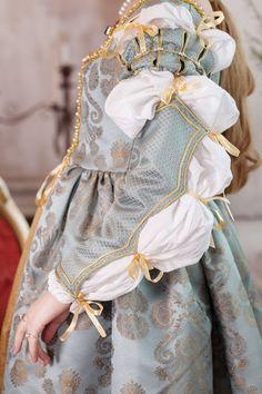 Conjunto de vestido de mujer del renacimiento por RoyalTailor