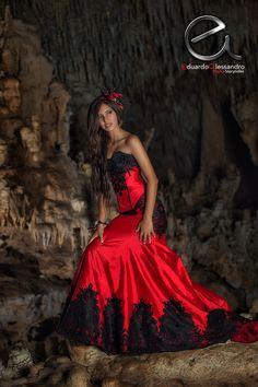 Trash the Dress Nahomi en Cancún - Eduardo Alessandro Fotógrafo Profesional en Cancún Playa del Carmen 12