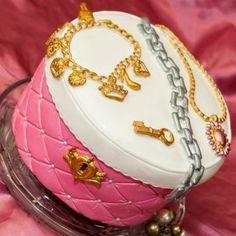 Jewelry Box Cake:)....all decorations- fondant .......idea from Way Beyond Cakes by Mayen....thank you Mayen:)