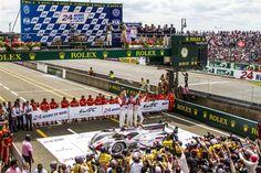 http://www.autonewsinfo.com/wp-content/uploads/2012/06/24-HEURES-DU-MANS-2012-LES-VAINQUEURS-AU-PIED-DU-PODIUM-VICTORY-LANE-Treluyer-Fassler-Lotterer.jpg