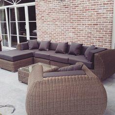 http://m.arbrini.nl/loungeset-wicker/loungeset-curved/kunststof-rondwicker-naturel/ #loungeset#tuin#ontwerp#design#outdoor#louncheset#wicker