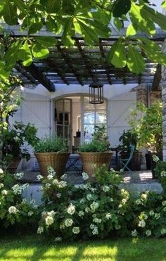 Front Yard Side Yard and Back Yard Landscaping Design Idea - 50 Awesome Front Yard Side Yard and Back Yard Landscaping Design Idea - pergola would be nice for shade in the back but not with plants on top, don't like the idea of bugs falling at Awes