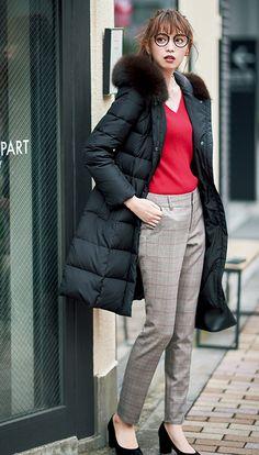 【毎日コーデ】ダウンコートはボディラインで女っぽく♡細みスティックパンツコーデ