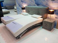 Ha még nem feküdtél homorú állapotba állítható ágyon még nem tapasztaltad meg az igazi kényelmet. Ez itt tényleg az ágyak új generációja! Bed, Furniture, Home Decor, Luxury, Decoration Home, Stream Bed, Room Decor, Home Furnishings, Beds