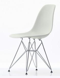 Spisestuestoler? Eames, Chair, Furniture, Home Decor, Decoration Home, Room Decor, Home Furnishings, Stool, Home Interior Design