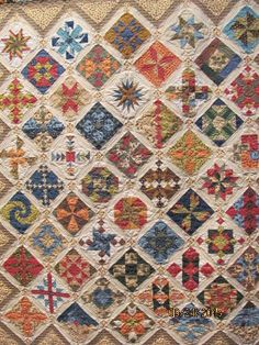 Joan won Best in Show for her Vintage Moments Quilt at the 2009 St ... : chisholm trail quilt guild - Adamdwight.com