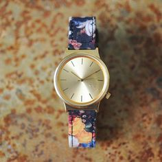 Floral printed watch @komono available @Muntfashion Check it out online www.munt-webshop.be