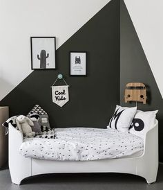 A set of inspiring kids room ideas that serve as a place for the activity or escape places for a while away the hours. A set of inspiring kids room ideas that serve as a place for the activity or escape places for a while away the hours. Room Interior Design, Kids Room Design, Design Bedroom, Wall Design, Design Art, Playroom Design, Deco Design, Shape Design, Modern Interior