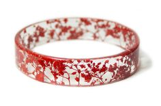 Love this! Real dried flower resin bangle- red