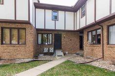 For sale $94,000. 3013 Lisa Drive #5, Bloomington, IL 61704