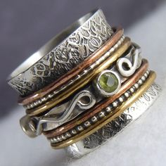 Sterling Silver & Peridot Chunky 3-Tone 7-Spin SPINNER RING ...Jewellery with Attitude! #silversari