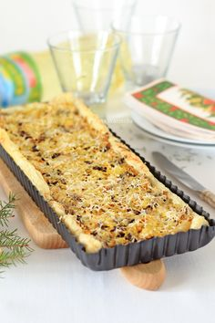 Zupa leśniczyny - Wiem co jem Quiche, Savoury Baking, Polish Recipes, Food Cakes, Banana Bread, Cake Recipes, Food And Drink, Veggies, Appetizers