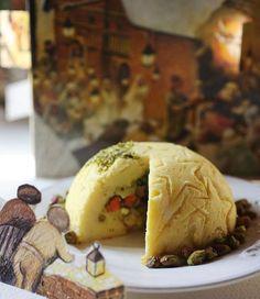 Lo zuccotto di verdure è una ricetta di Natale ottima da proporre nei mesi invernali e perfetta da servire come antipasto in un menu di Natale vegetariano. http://www.alice.tv/ricette-natale/zuccotto-verdure