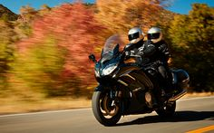 Download wallpapers Yamaha FJR1300ES, bikers, 2018 bikes, road, touring motorcycles, Yamaha