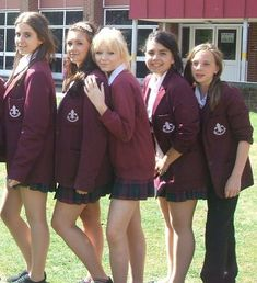 I expect these girls to have a chat with the headmaster slipper about dress code but which one is going to suck him off School Uniform Outfits, Cute School Uniforms, Girls Uniforms, Uniform Ideas, School Girl Dress, Girls School, British School Uniform, Young Girl Fashion, Schoolgirl Style